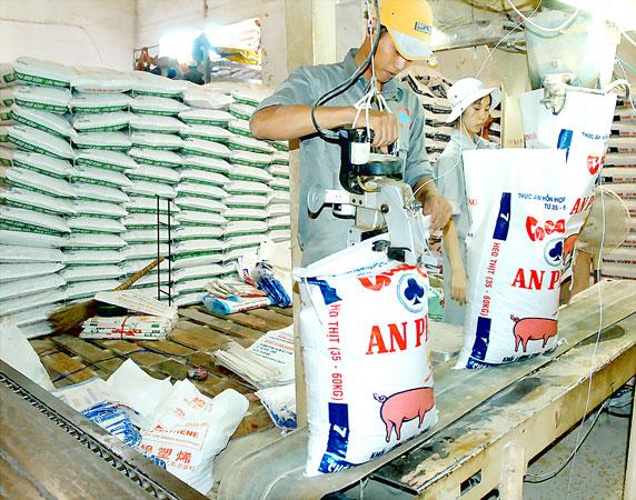 DongA Bank cho vay tín chấp doanh nghiệp ngành thức ăn chăn nuôi